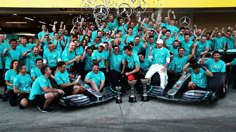 Equipo Campeón Mercedes Fórmula 1